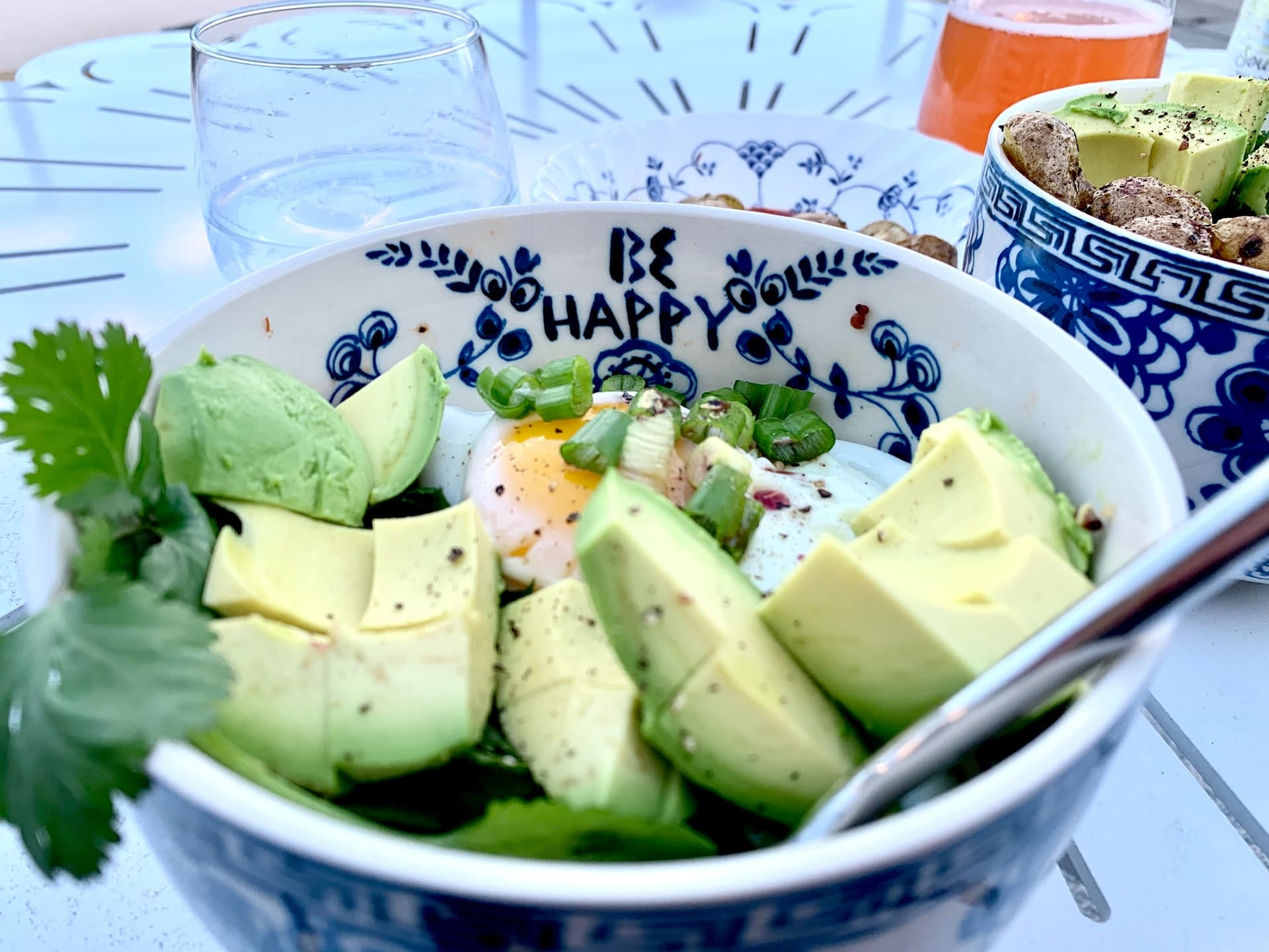 are avocado and chocolate good for fighting stress?